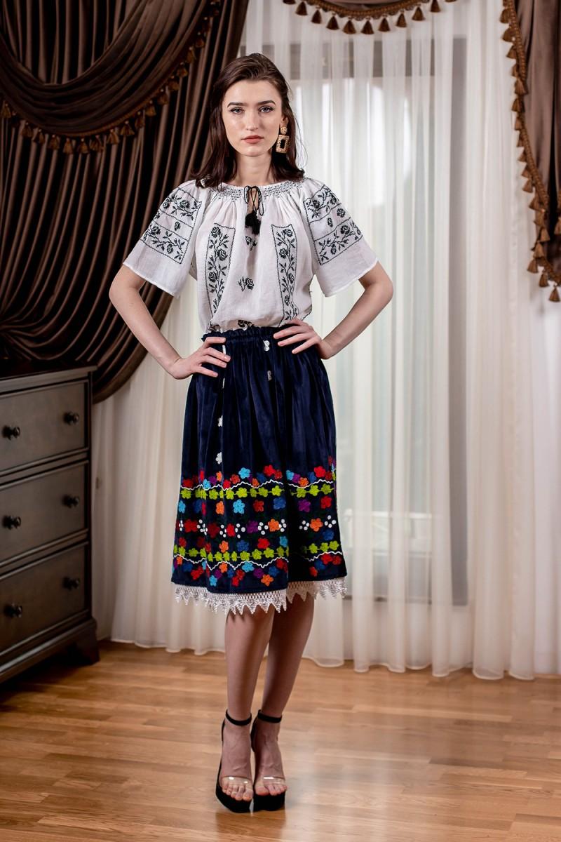 Fusta traditionala model Valnic Gorjanu