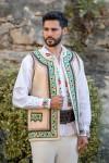Bundita traditional romaneasca barbati cusuta manual zona Moldova